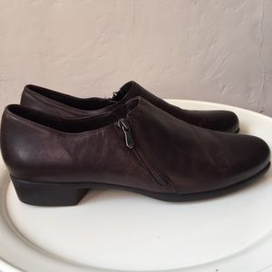 Munro Leather Ankle Booties